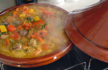 recette du tajine traditionnel marocain à l'agneau